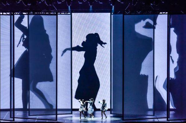 Perfume performing Fusion